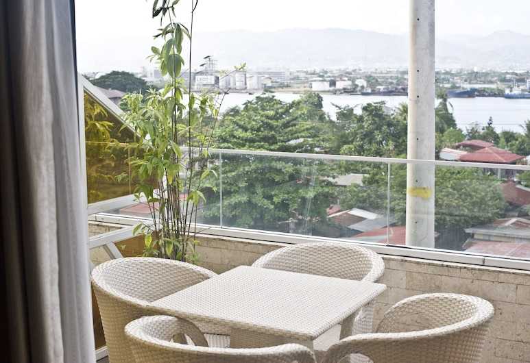 Goldberry Suites and Hotel, Λάπου-Λάπου, Σουίτα, Μπαλκόνι