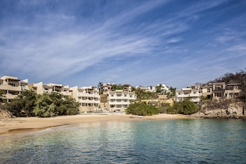 Picture of Celeste Beach Residences & Spa in Huatulco
