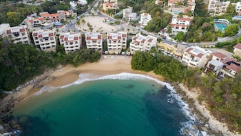 Picture of Celeste Beach Residences & Spa in Santa María Huatulco