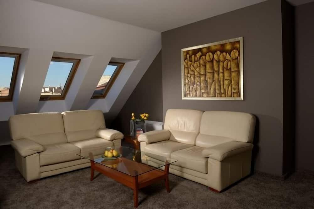 Apartemen Mewah - Ruang Keluarga