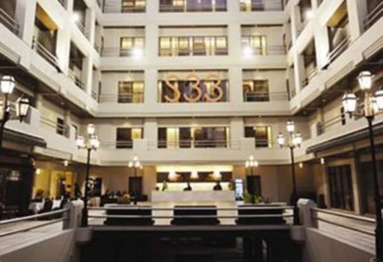 S33 Compact Hotel, Bangkok, Hotellets facade
