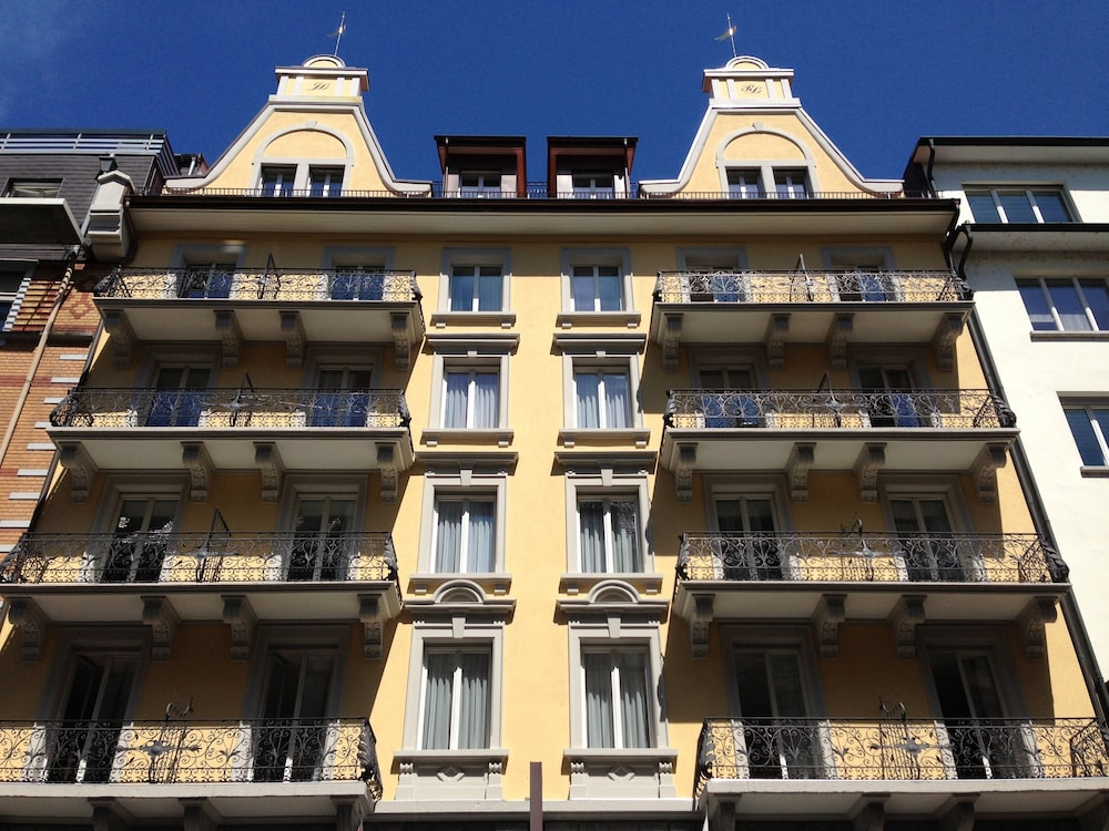 Hotel Alpina, Lucerne