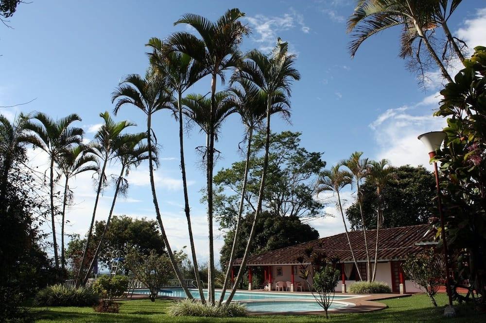 Finca Hotel El Rosario