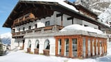 Choose this Apartment in Sankt Leonhard im Pitztal - Online Room Reservations