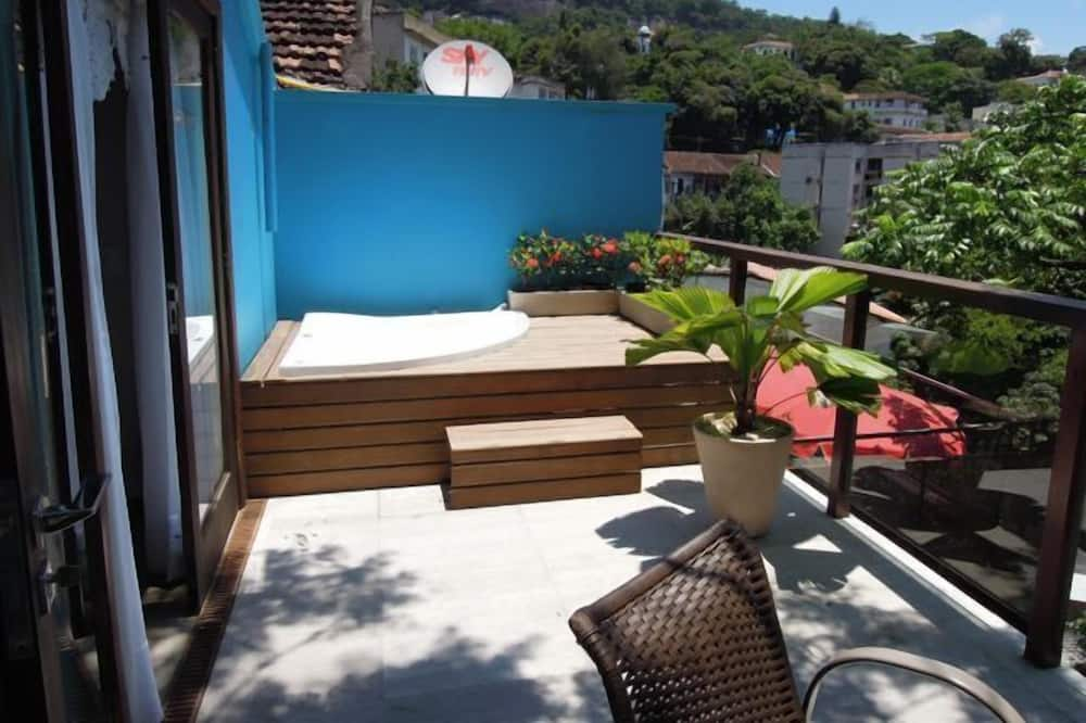 Deluxe Double Room, Jetted Tub - Terrace/Patio