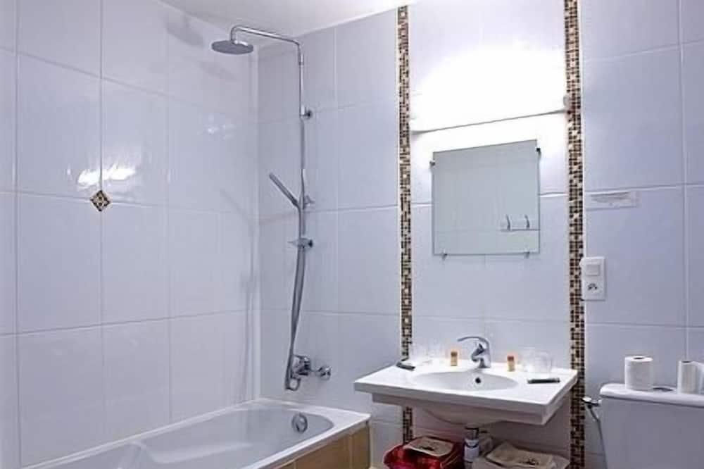 Quarto Individual Standard - Comodidades da Casa de Banho