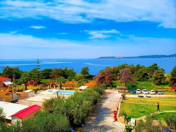 Picture of Oskars Studios & Apartments in Kefalonia