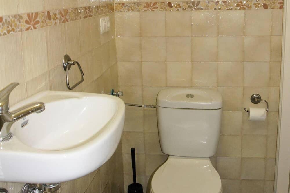 Szoba - Fürdőszoba