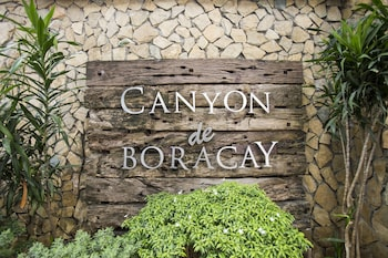 Choose this Resort in Boracay - Online Room Reservations