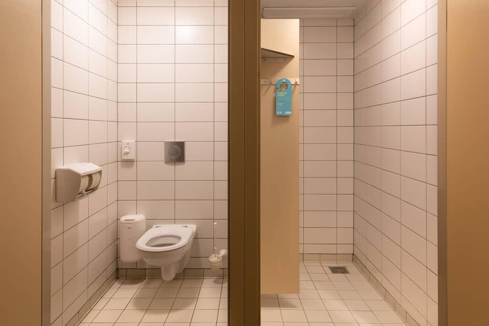 Basic Twin Room, Private Bathroom - Bathroom