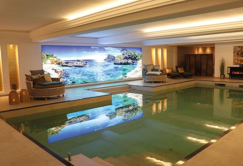 salinenparc Design Budget Hotel, Erwitte, Svømmebasseng