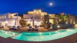 Choose this Villa in Paros - Online Room Reservations