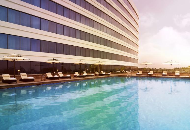 Vivanta Coimbatore, Coimbatore, Outdoor Pool