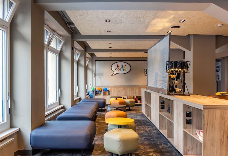 a&o Hamburg City, Hamburg, Sitteområde i lobbyen