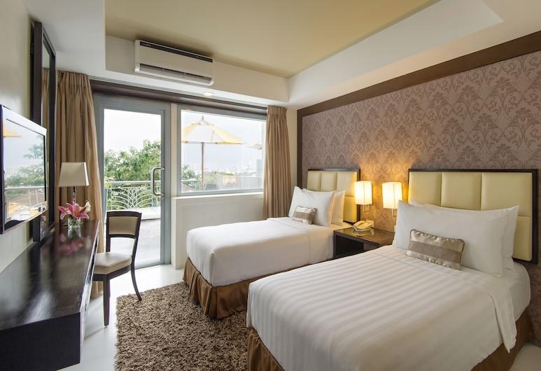 Quest Hotel & Conference Center – Cebu, Cebu, Premier Double Room, Guest Room