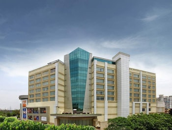 Picture of Mahagun Sarovar Portico Suites in Ghaziabad
