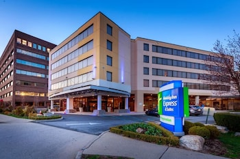 Stamford bölgesindeki Holiday Inn Express and Suites Stamford resmi