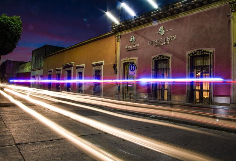Monte León Hotel Boutique y Galería, León, Fachada del hotel