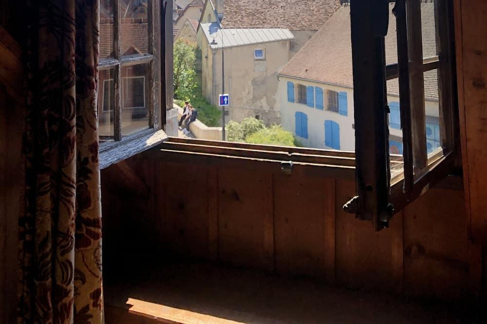 Basic četverokrevetna soba (Gustave) - Pogled iz sobe za goste