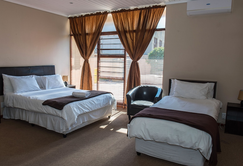 Ramasibi Guest Services, Cape Town, Queen & single bed, Guest Room