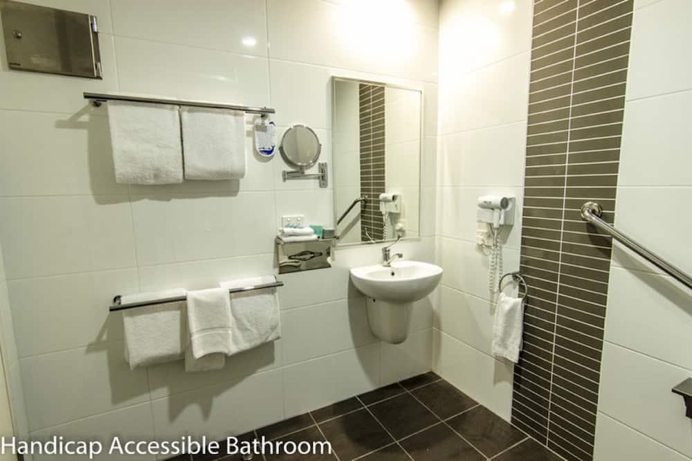 Apartmán, 2 ložnice, bezbariérový přístup - Koupelna
