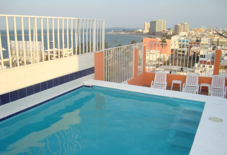 Hotel Posada del Carmen, Veracruz, Piscina en el piso superior