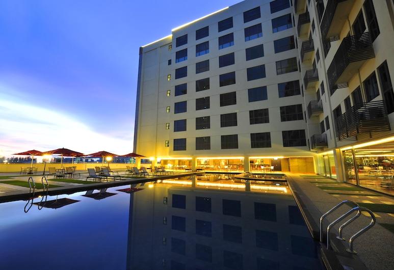 Ming Garden Hotel and Residences, Κότα Κιναμπάλου, Εξωτερική πισίνα