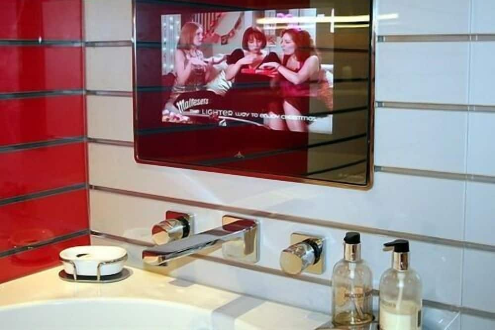 Double Room, Ensuite (Cavalier ) - Bathroom