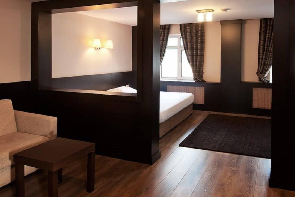 Junior Σουίτα (Triple) - Δωμάτιο επισκεπτών