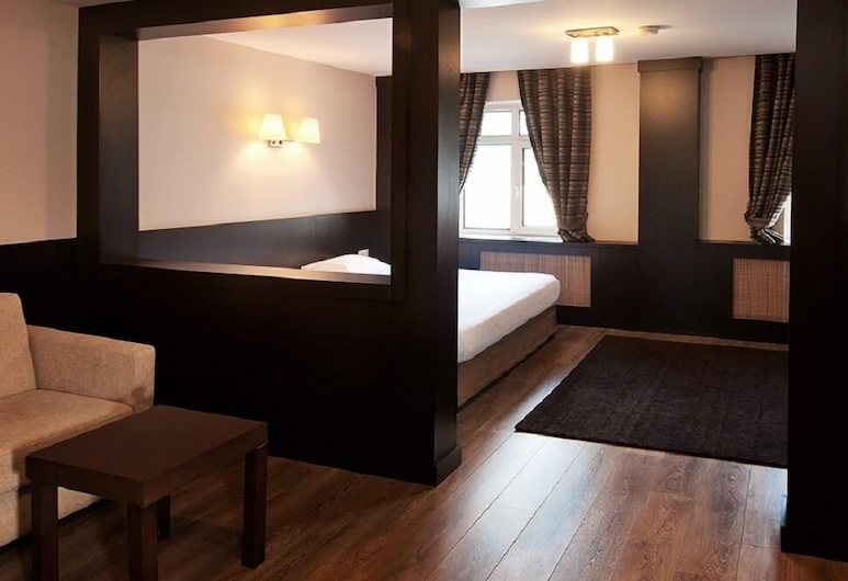 Alkoclar Exclusive Uludag, Uludağ, Apartmá s ložnicí a obývacím koutem (Triple), Pokoj