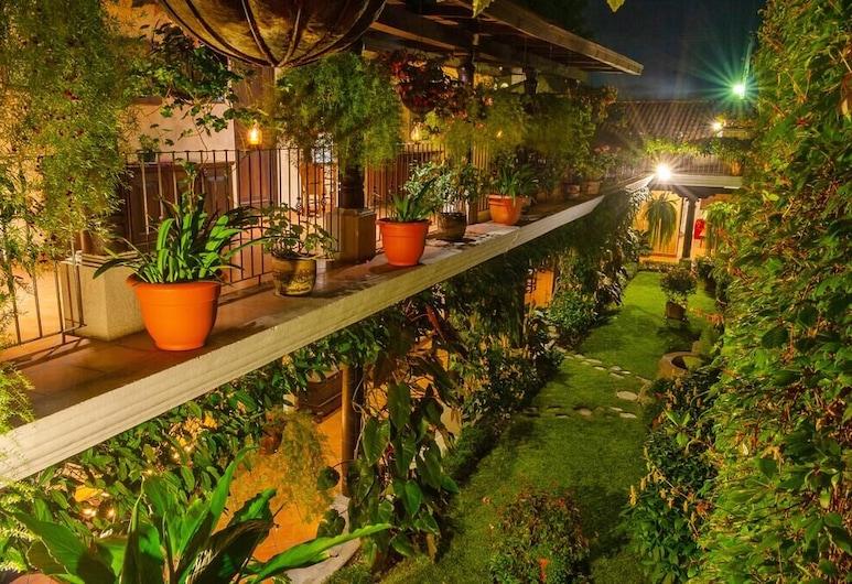 Hotel Meson del Valle, Antigua Guatemala, Binnenplaats