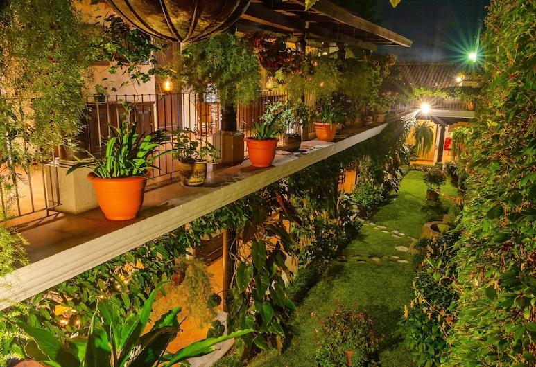 Hotel Meson del Valle, Antigua Guatemala, Dvůr