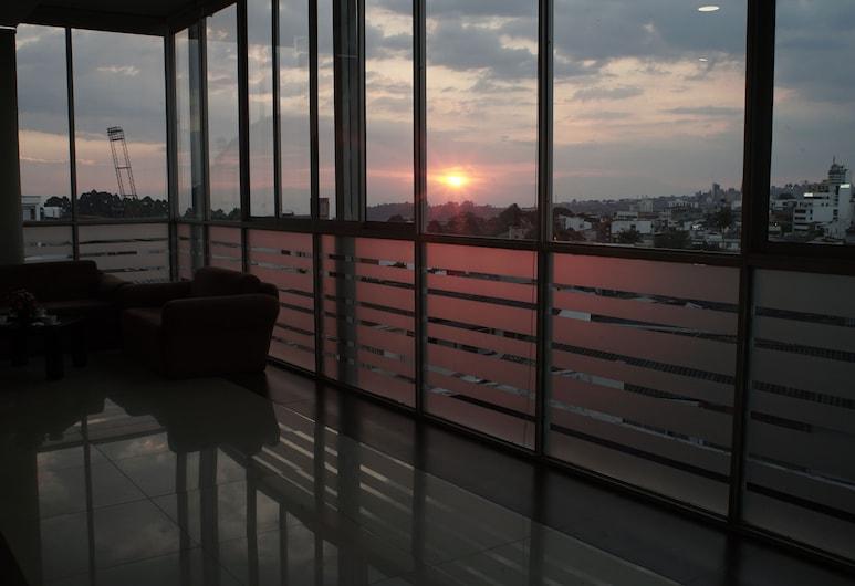 Hotel Varuna, Манізалес, Лаундж у вестибюлі