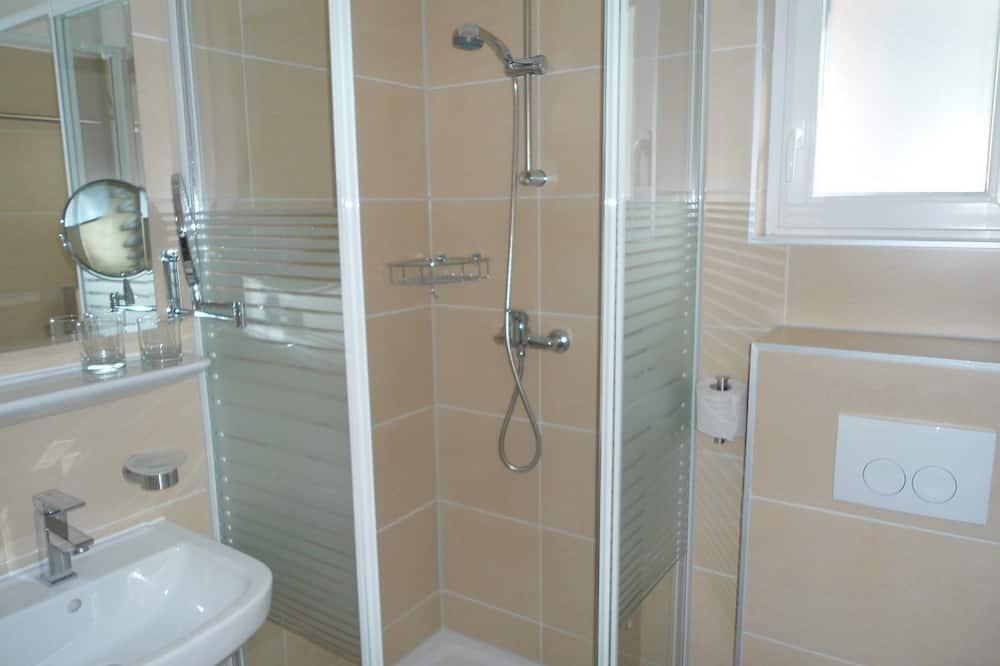 Chambre Familiale, 2 chambres - Salle de bain