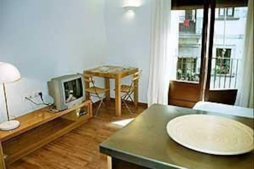 Studio, balkon - Powierzchnia mieszkalna