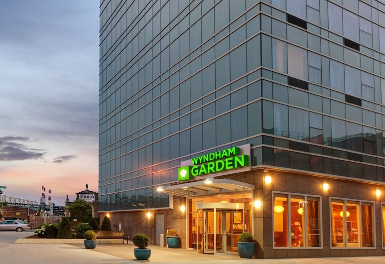 Wyndham Garden Long Island City, Long Island City, Hotel homlokzata