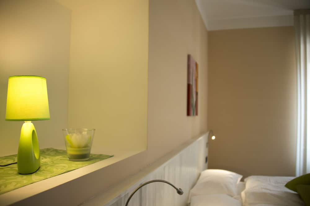 Junior Double Room, Accessible - Guest Room