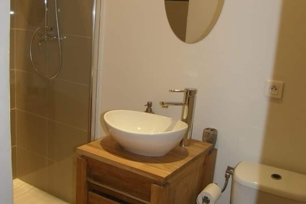 Pokój dwuosobowy typu Comfort, prywatna łazienka - Łazienka