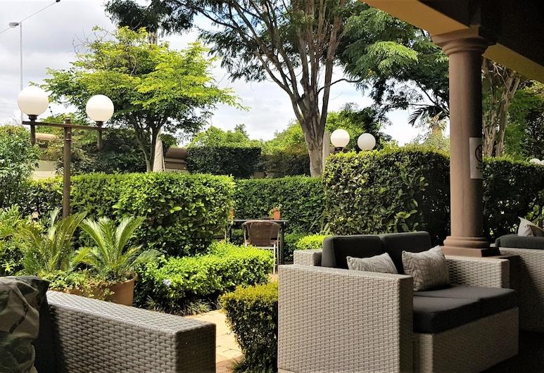 Constantia Manor Guest House, Pretoria, Terrace/Patio
