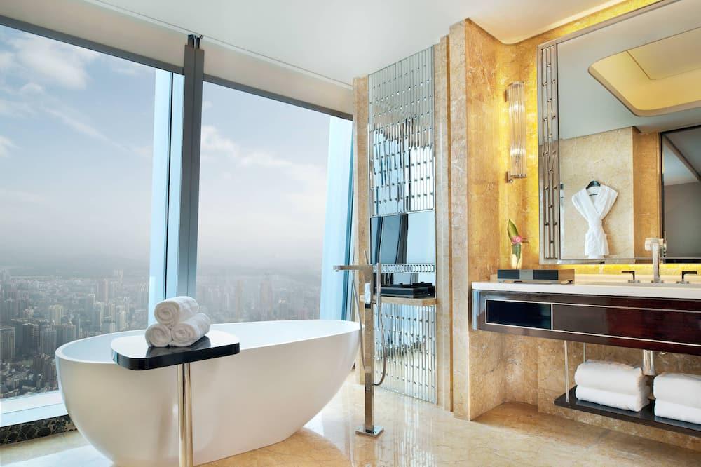 Ištaigingo stiliaus dvivietis kambarys (2 viengulės lovos), 2 viengulės lovos, vaizdas (Scenic View) - Vonios kambarys