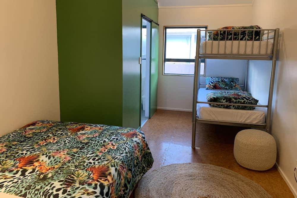 Dvivietis kambarys su patogumais - Svečių kambarys
