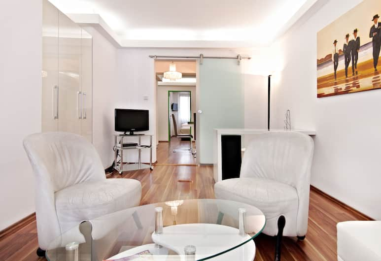 Luxury Design Home Stroheckgasse, Vienna, Apartment, 1 Bedroom, Kitchen, Room