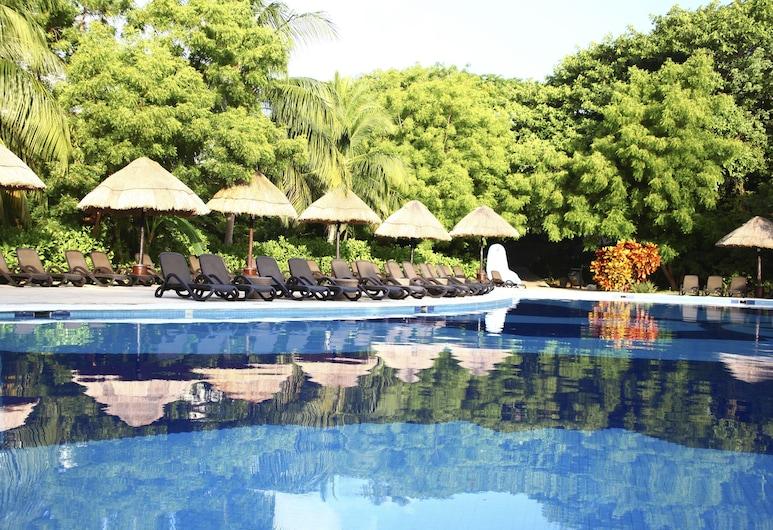 Sandos Caracol Eco Resort Select Club Adults Only- All inclusive, Playa del Carmen, Piscina al aire libre