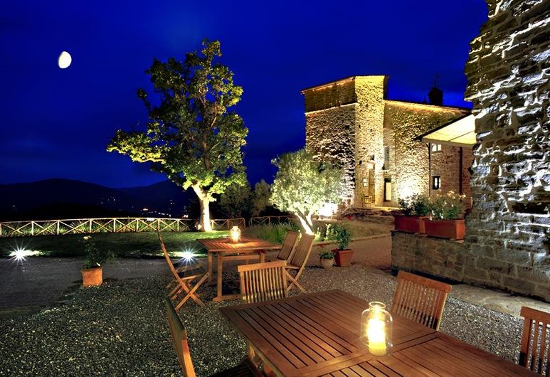 Nikis Resort, Gubbio, Ristorazione all'aperto