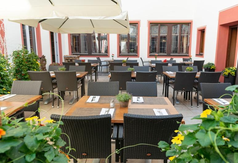 Bayerischer Hof Freising, Freising, Terraza o patio