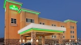 Reserve this hotel in Catoosa, Oklahoma