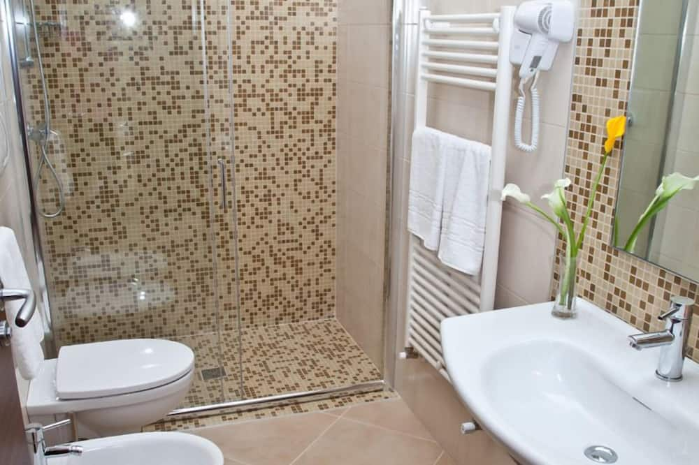 Стандартный двухместный номер с 1 двуспальной кроватью - Ванная комната