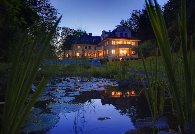 Villa Toscana, Fuessen, Hotel Front – Evening/Night