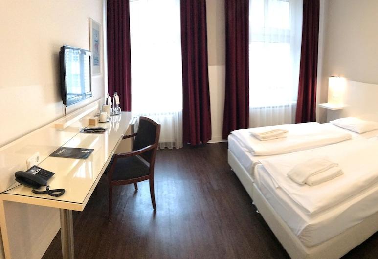 柏林普恩斯酒店, 柏林