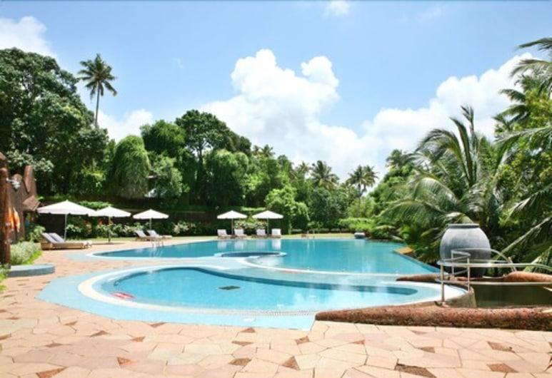 The Raviz Ashtamudi, Quilon, Venkovní bazén